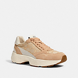 C152 TECH RUNNER - G5057 - LIGHT KHAKI/CHALK