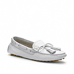 COACH Q1872 Nadia Loafer CHALK