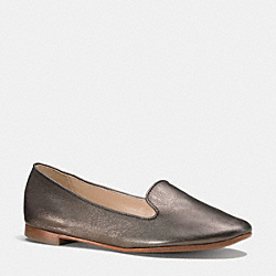 COACH Q5320 Carrie Flat  WARM PEWTER