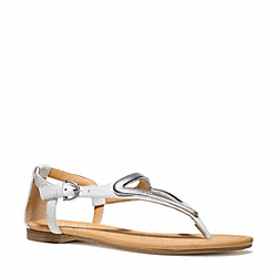 COACH Q6080 Chailey Sandal CHALK