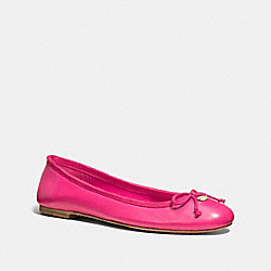 COACH Q6275 Florabelle Flat PINK RUBY