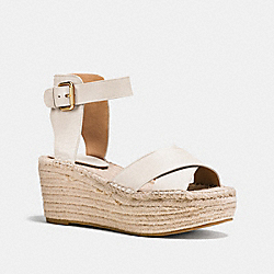 COACH Q8421 Primrose Wedge CHALK