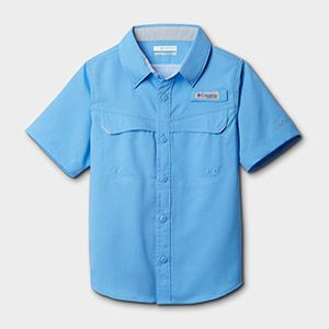 A short-sleeve shirt for kids.