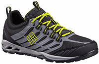 Men's Ventrailia Razor Multisport Shoe in black, gray and yellow trim.