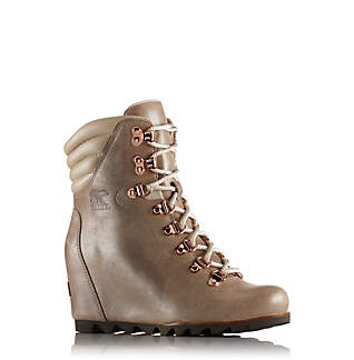 Women's Conquest™ Wedge Holiday Boot