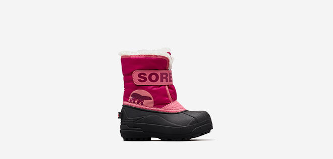 Profile image of a pink Little Kids' Snow Commander boot on a white background