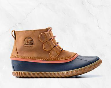 A lo-cut duck boot.