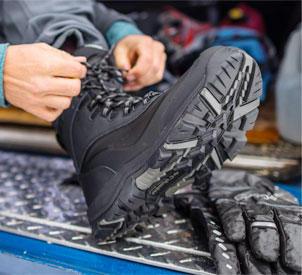 Columbia Sportswear   Walking Boot Guide