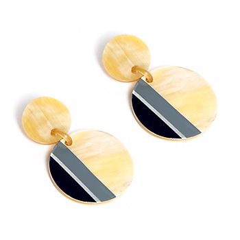 Studio Sunshine Tienda Buffalo Horn Circle Earrings
