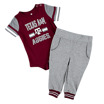 Texas A&M Aggies Colosseum Infant Boys Long Run Football Onesie and Pant Set