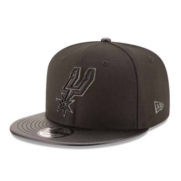 San Antonio Spurs New Era Twist Trick Snapback Cap