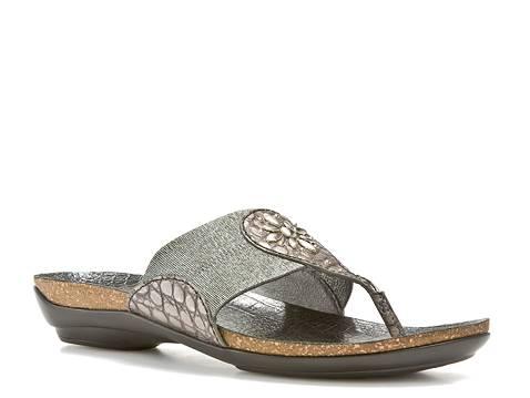 Caressa Shoes Reviews