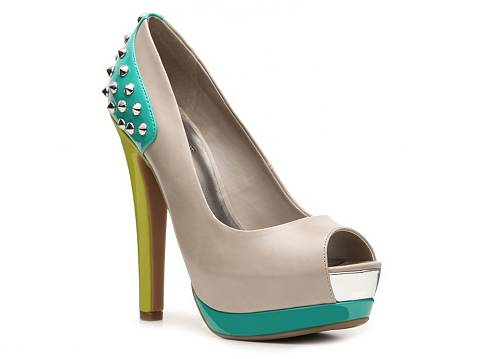 G by GUESS Website Patent Pump | DSW