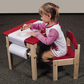 Art Table and Chair with Paper Roll, P30141