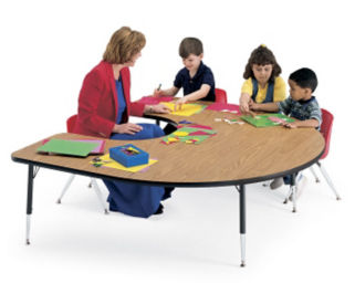 Horseshoe Shape Activity Table, A10183
