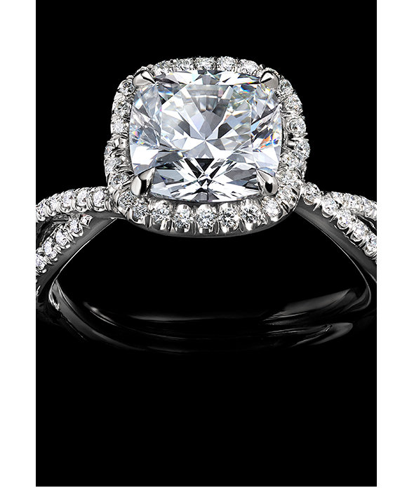 An engagement ring in platinum with a DY Signature Cut™ diamond.