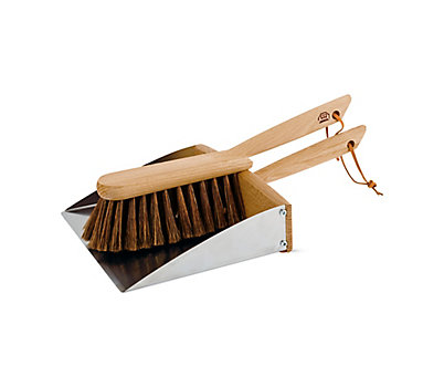 Magnetic Dustpan and Brush Set
