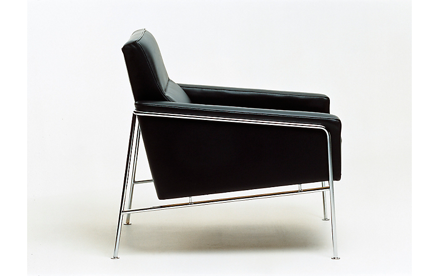 Series 3300 Armchair