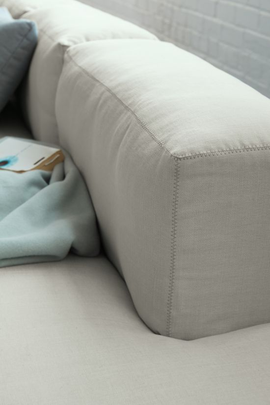 Mags Soft Low Sectional with Chaise
