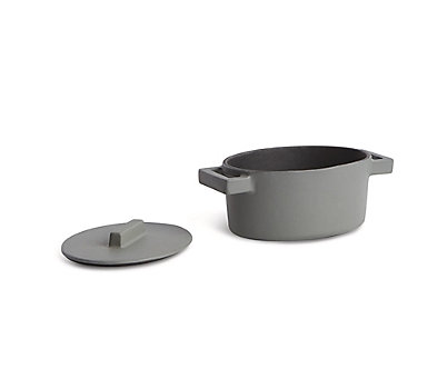Terra Cotto Small Oval Casserole with Lid
