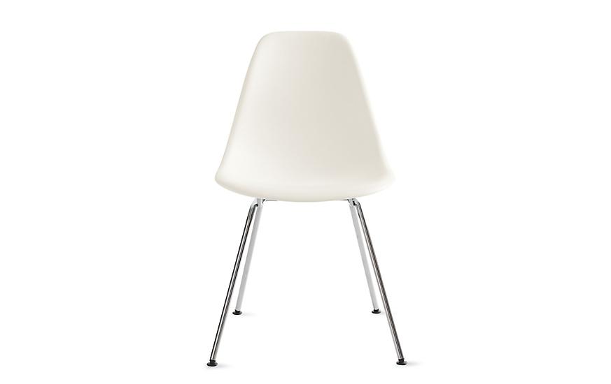 Eames Molded Plastic 4 Leg Side Chair