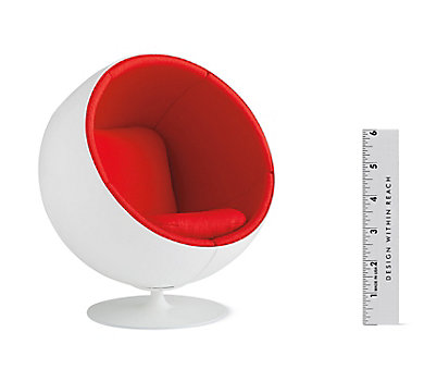 Vitra Miniatures Collection: Ball Chair