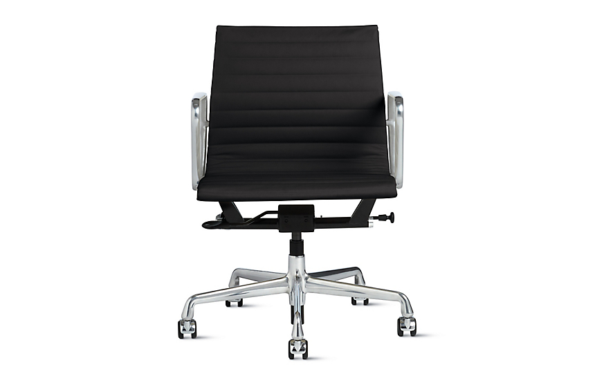 eames aluminum group management chair with pneumatic lift herman miller. Black Bedroom Furniture Sets. Home Design Ideas
