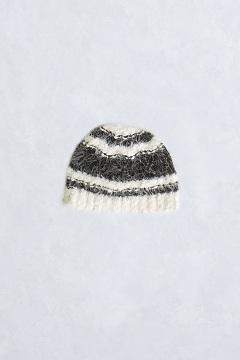 Lorelei Eyelash Beanie, Black/White, medium