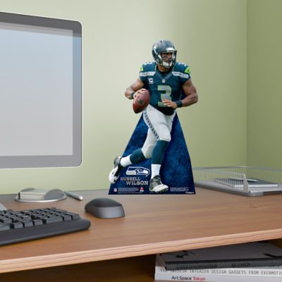 Russell Wilson Desktop Stand Out
