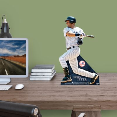 Derek Jeter Desktop Stand Out