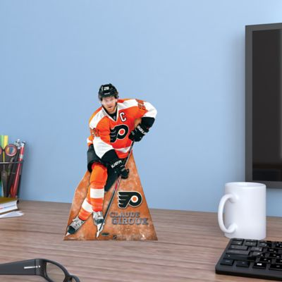 Claude Giroux Desktop Stand Out