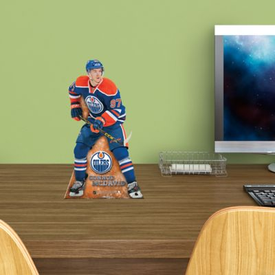 Connor McDavid Desktop Stand Out