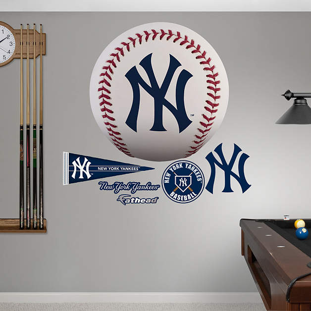 New York Yankees Home Decor: New York Yankees Baseball Logo Wall Decal