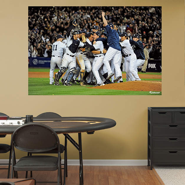 New York Yankees Home Decor: New York Yankees World Series Celebration Mural Fathead