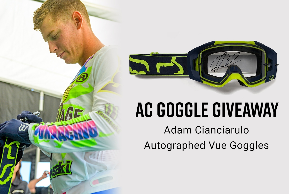 Win signed Vue Goggles