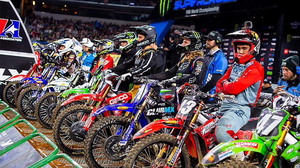 250 start at the 2020 Arlington Supercross