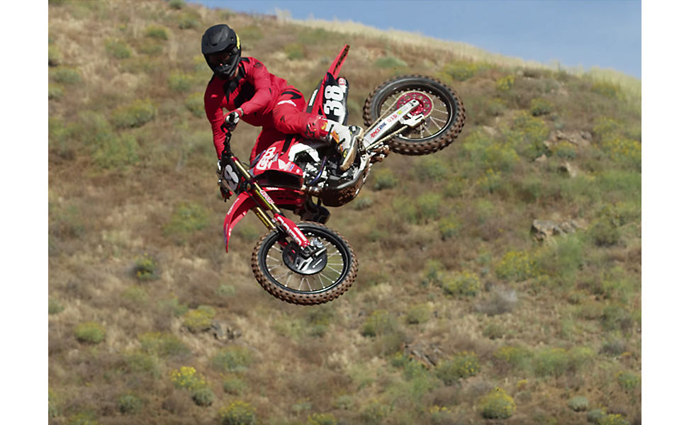 Christian Craig on this dirt bike and wearing Fox V3 Helmet