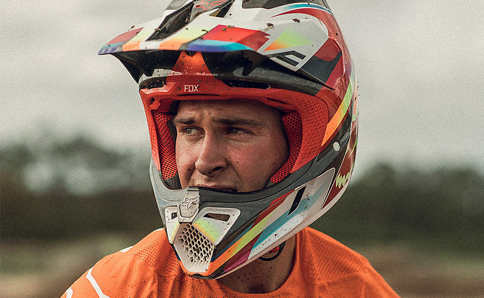 Fox MX19 Helmets
