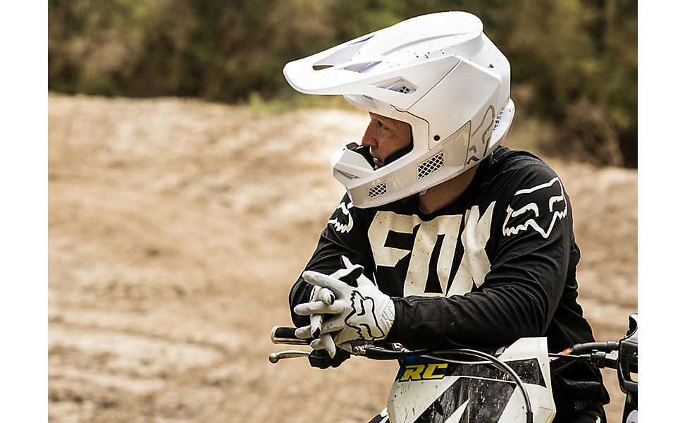 Ricky Carmichael on this dirt bike and wearing Fox V3 Helmet