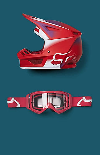 red helmet and goggles