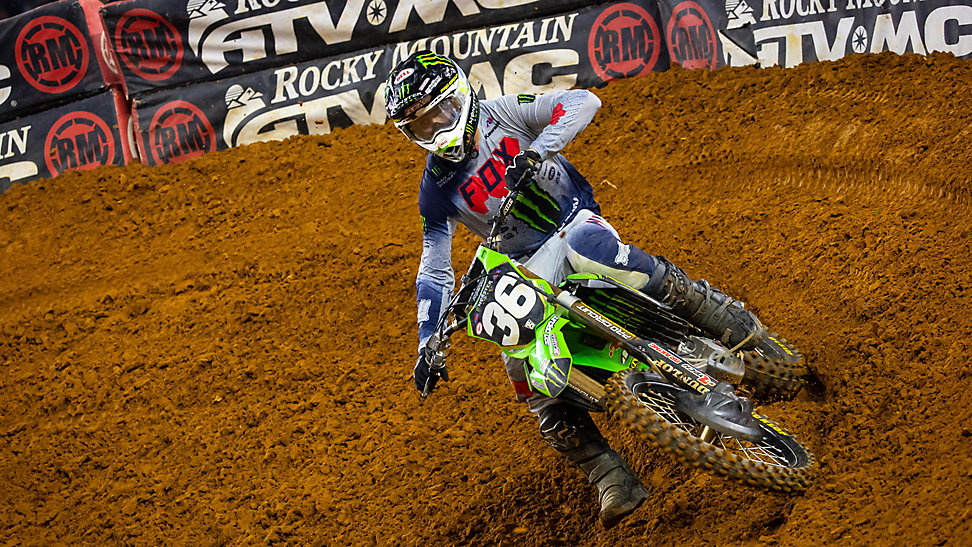 Garrett Marchbanks rounding a corner at the 2020 Arlington Supercross
