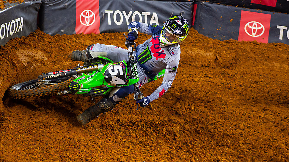 Jordon Smith rounding a corner at the 2020 Arlington Supercross