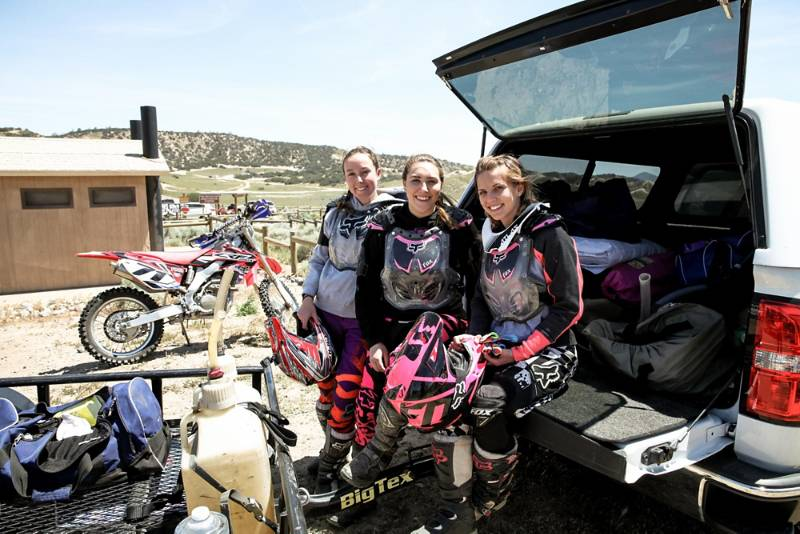 FOX WOMENS AT BABES IN THE DIRT 3