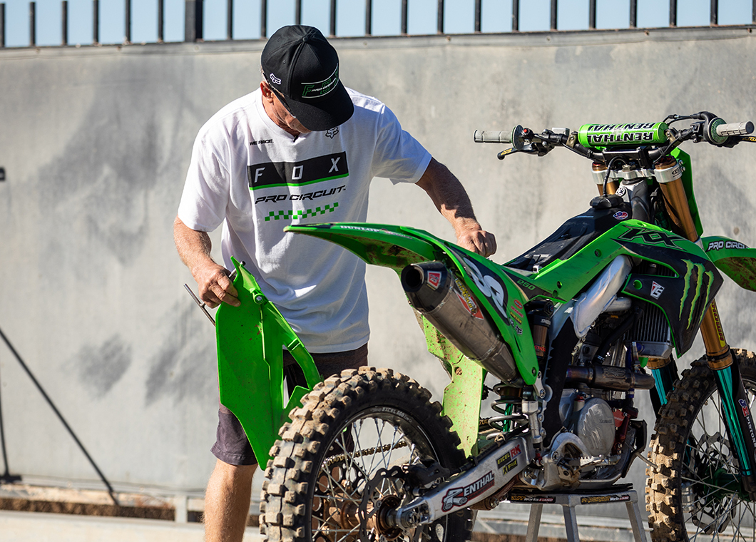 Motocross athlete wearing Fox, Pro Circuit apparel