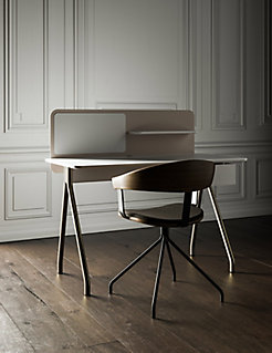 Essens Guest Chair with Simple Desk