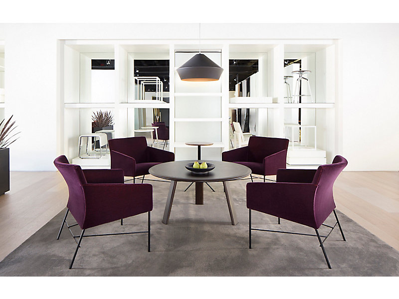 Asa Lounge Chairs + Ami Table