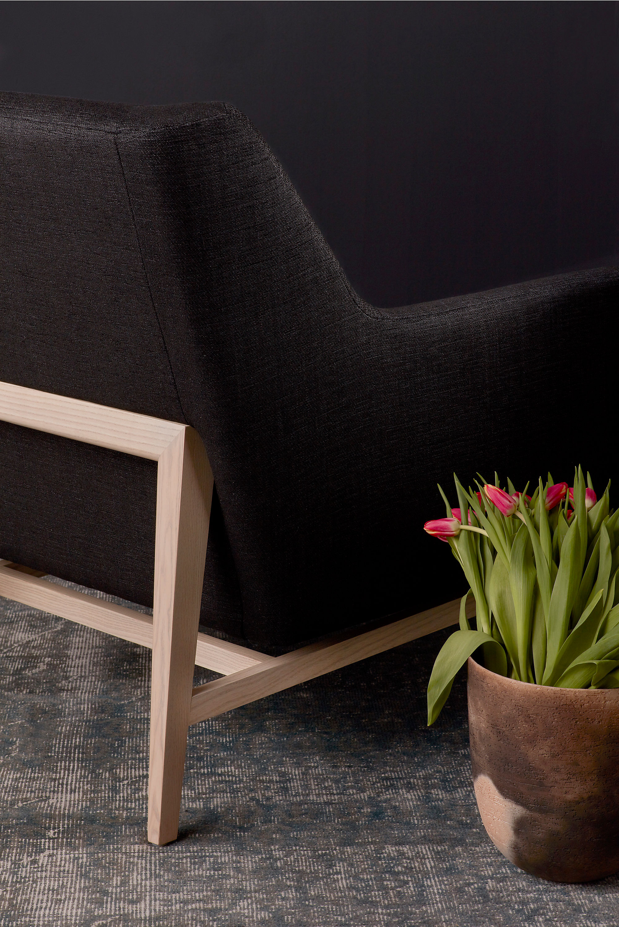 Trestle Lounge Chair