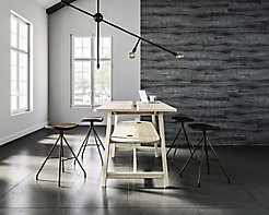 Studio Table with Essens