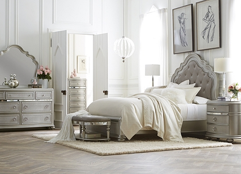 Bedroom Benches | Havertys