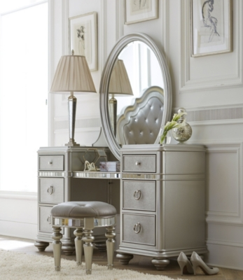Vanities · Kids Chairs